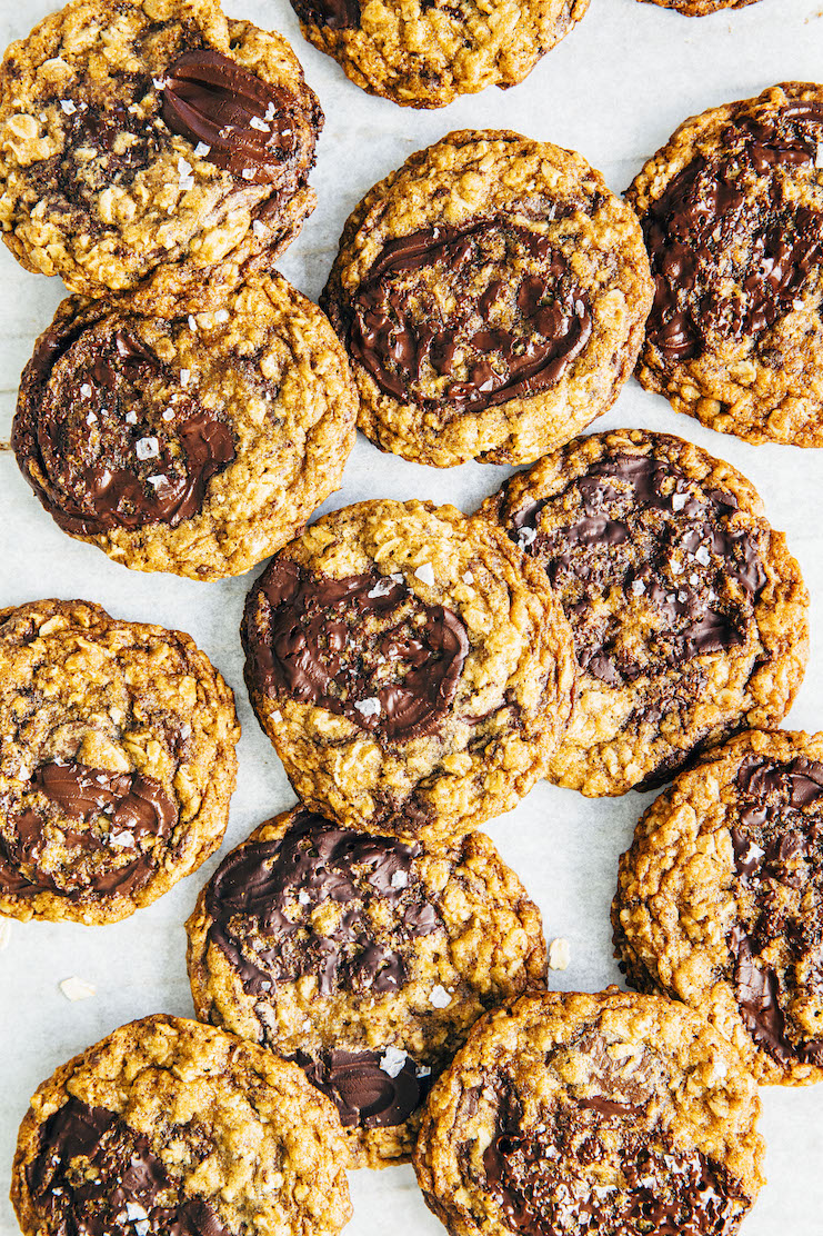 close up of my best oatmeal chocolate chip cookie recipe
