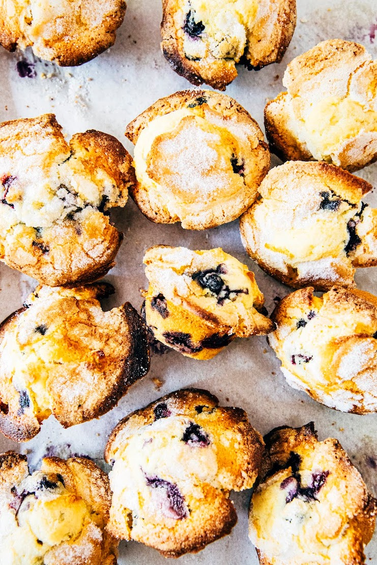 levain bakery blueberry muffins