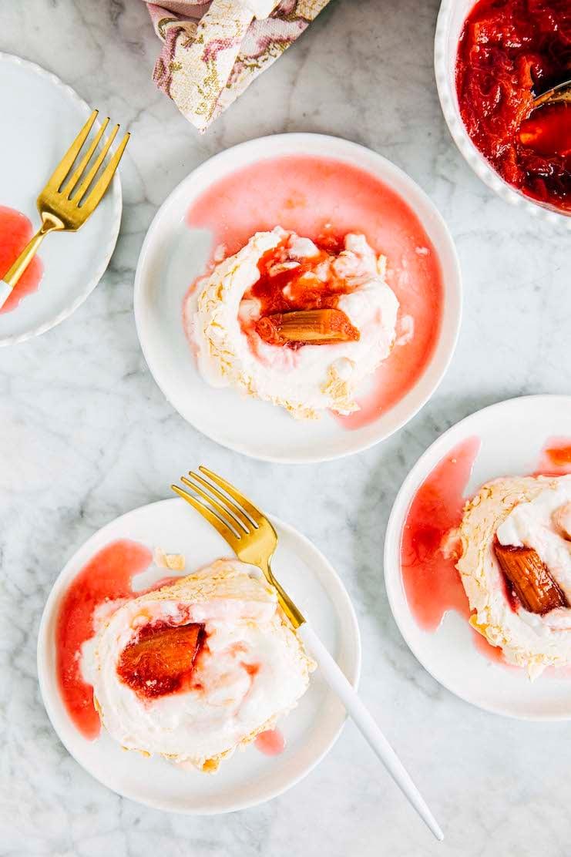 slices of rhubarb pavlova roulade